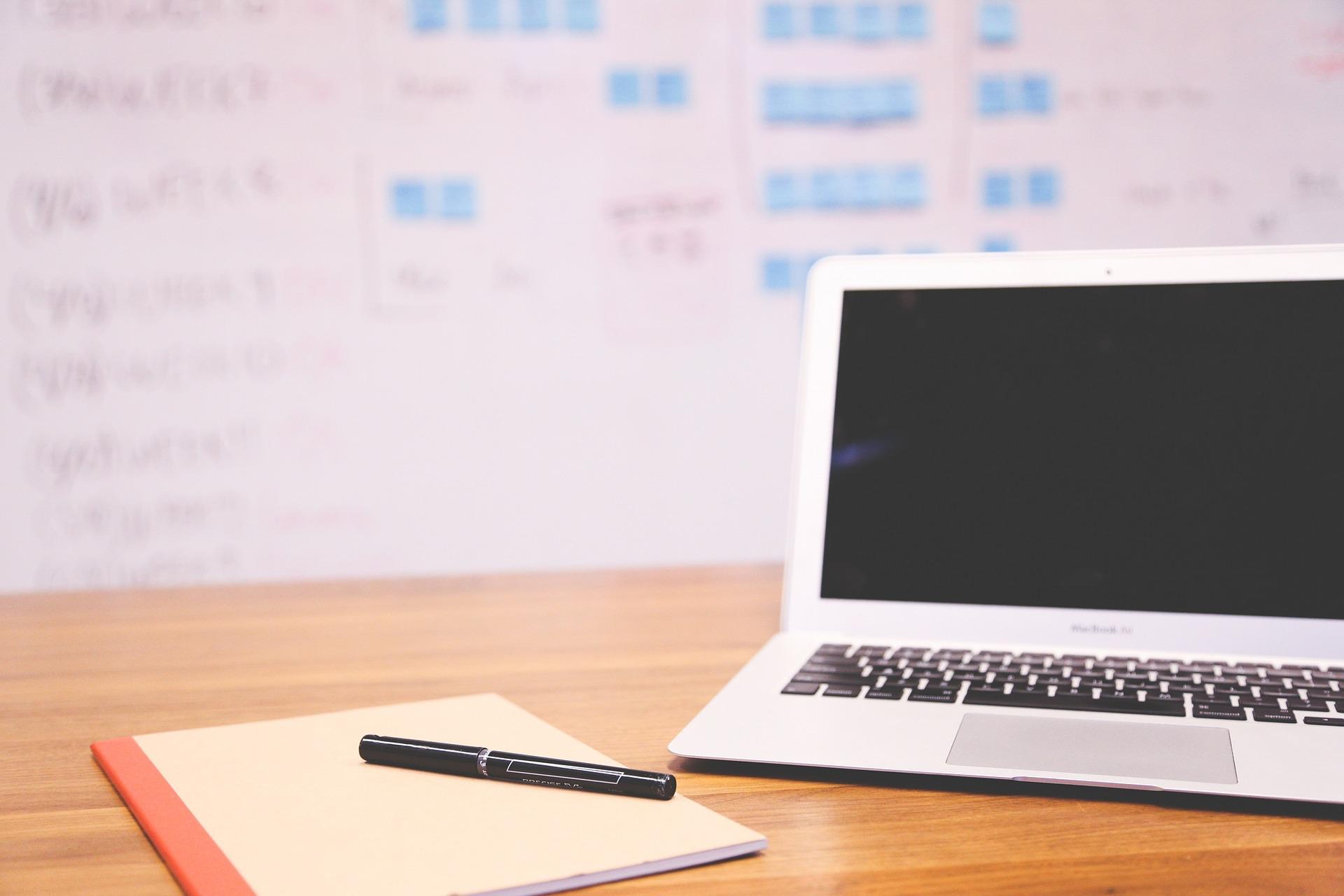 Pourquoi confier votre rédaction web à un(e) freelance ?
